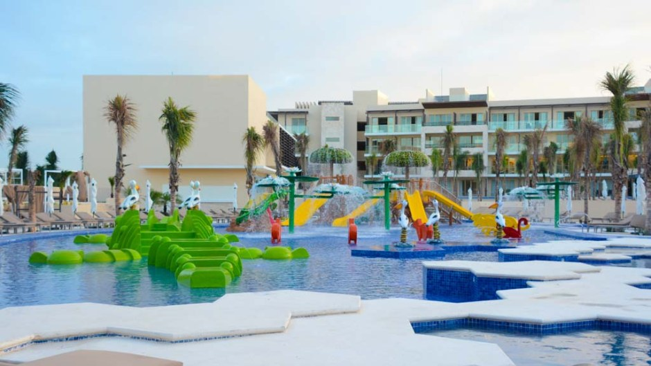 Royalton Riviera Cancun Sunwing 1