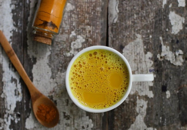Milk With Turmeric Juice