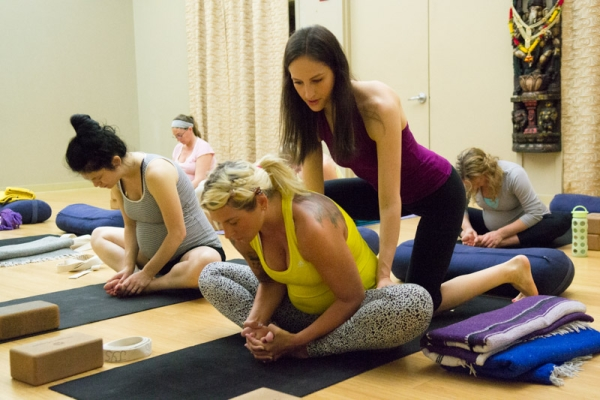 Join yoga classes for pregnancy