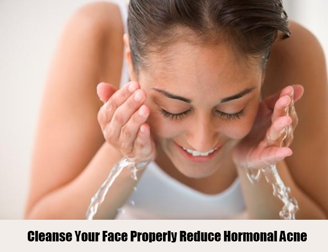 Cleanse Your Face Properly For Hormonal Acne
