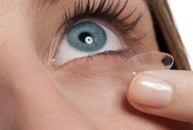 Removing Of Contact Lenses