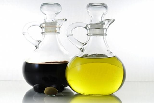 Vinegar With Oil