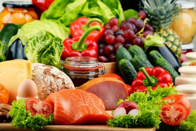 Reduce cortisol with anti-inflammatory and whole food diet