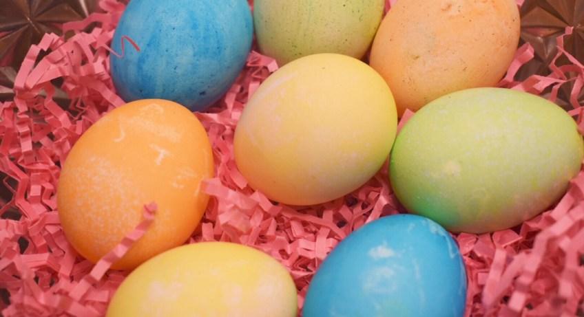 """""""Easter Eggs"""" """"Easter"""" """"Kid Activities"""" """"Kid Fun"""" """"Naturalbabydol"""" """"PAAS"""" """"Family"""""""