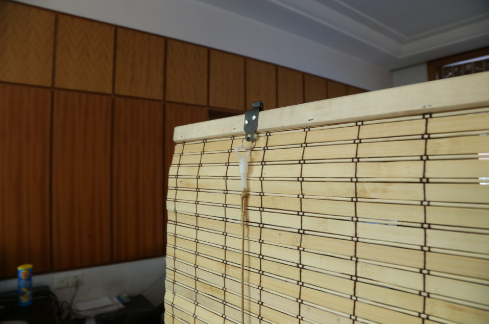 natural grain outdoor patio bamboo roll up shades insect resistant