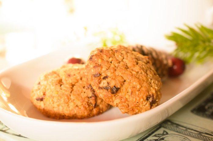 Festive lactation cookies
