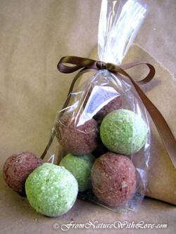 Chocolate Peppermint Bath Bombs