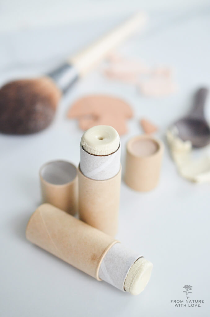Make your own Mineral Makeup Cream Highlighter - Shimmering highlighter stick recipe and tutorial