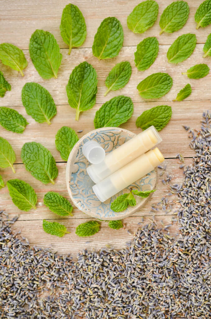 How to make an all-natural Lavender Mint Lip Balm - Recipe and Tutorial
