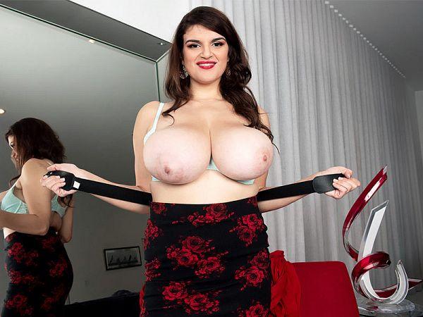Jenni Noble busty masturbation hairy pussy big tits