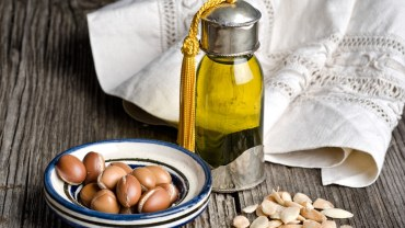 Argan oil and fruit