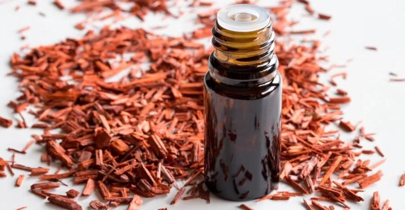 sandalwood essential oil benefits