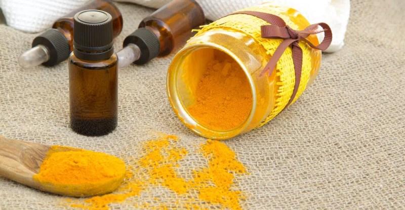 13 Impressive Benefits of Turmeric Essential Oil