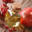 17 Impressive Benefits of Pomegranate Seed Oil