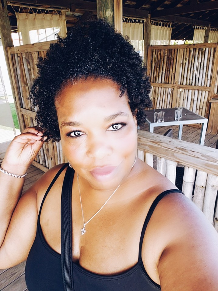 Travel Tips For The New Natural Hair Lovely! We've Got You Covered. You ready for that trip and nervous about your hair? We got every tip you need on vacay!