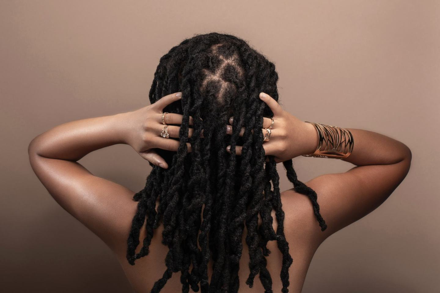 DIY Hacks To Boost Your Natural Hair Routine & Curls