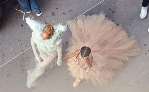 7 Looks of Beyoncé and Blue Ivy's Braids on VMA Red Carpet