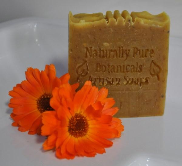 Single-unlabelled-Sweet-Orange-Cedarwood-with-Calendula-Soap