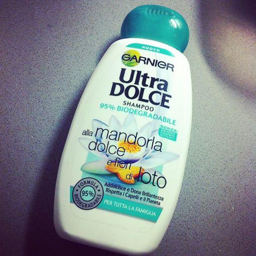 Shampoo Ultra Dolce Mandorla Dolce e Fiore di Loto Garnier