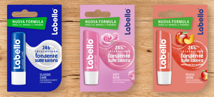 Carrellata nuovi pack Labello: in foto versione classic, soft rosè e peach shine