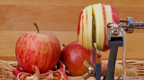 Image: Natural compounds in apple peel, berries, red grapes and turmeric can help address prostate cancer, suggests study