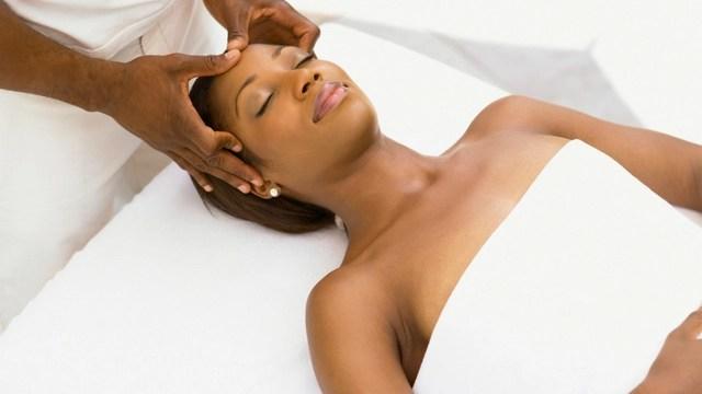 benefits of scalp Massage Scalp with Natural Oils