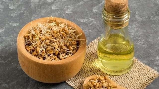Best Natural Hair Oils For Dry Hair