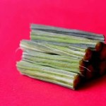 Improve the Appearance of & Prevent Split Ends with Moringa Oil