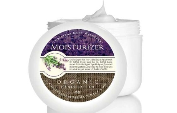 what christina moss naturals moisturiser and natural oils have in common