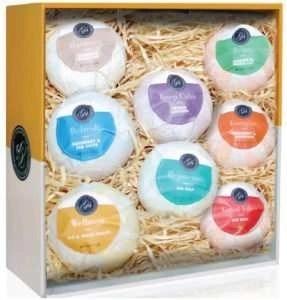 grace-and-stella-handmade-soap-gift-set