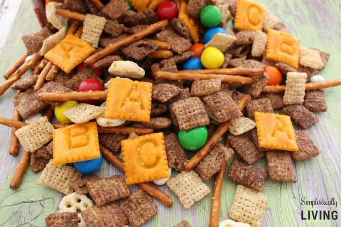 nut-free back to school trail mix