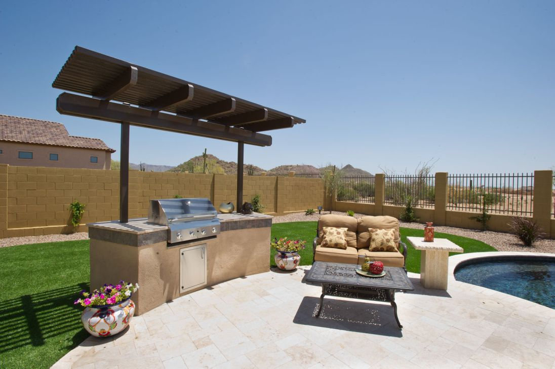 Tuscany beige travertine pavers for outdoor patio pattern Los Gatos California
