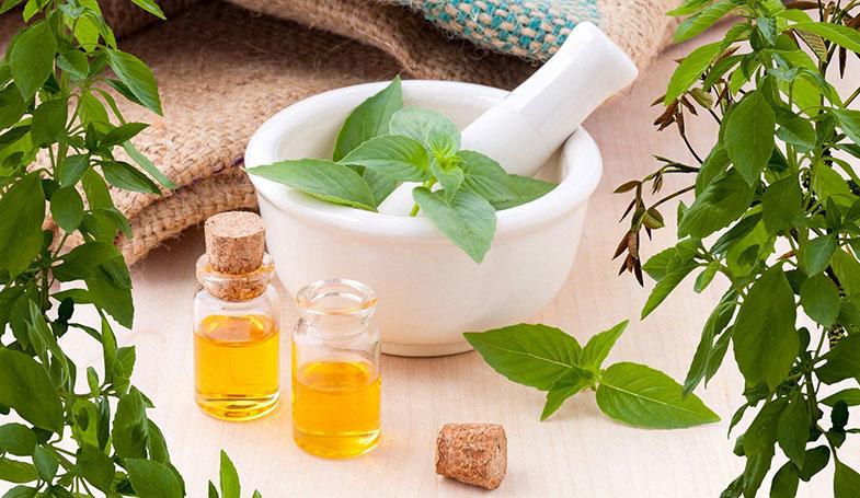 Huiles essentielles pour soigner rhume, otite, angine, orgelet, sciatique, mal de dos