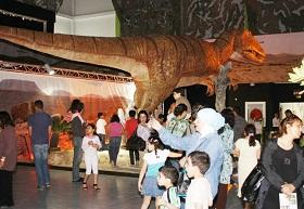 Exhibition Brings Dinosaurs To Life In Tunisia News