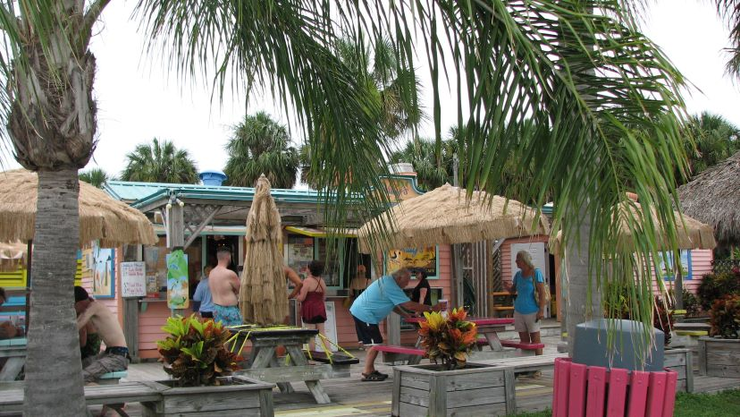 willy's tropical breeze cafe pine island