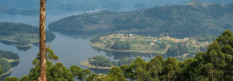 Uganda safaris Bunyonyi lake
