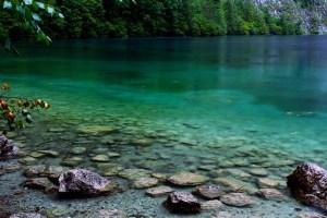 lake-930213_640