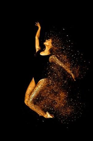 Frau (c)pixabay efes woman-
