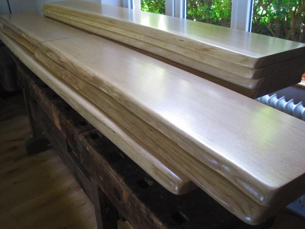Holzfensterbänke mit Baumkante bzw. Naturkante, Eiche, für ein Haus