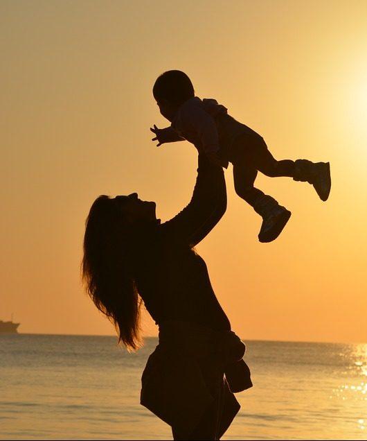 Forældrerådgivning, forældre, forælder, forældresparring, forældreguide, børn, børneopdragelse, barn, barndom, mor, moderskab, familie,