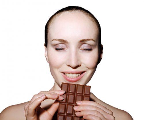 kvinne med sjokolade