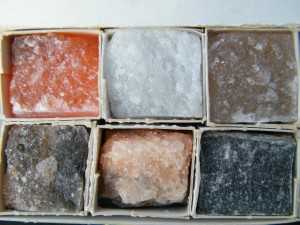 A photograph showing six geological samples of halites and anhydrites.