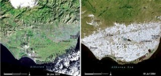 Two satellite photographs showing the spread of the Almería greenhouses in 1974 and 2004.