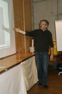 Gerhard Eppler erklärt den Frosch