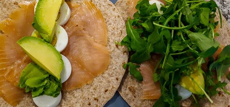 Recept: Heerlijke wraps met zalm en avocado!