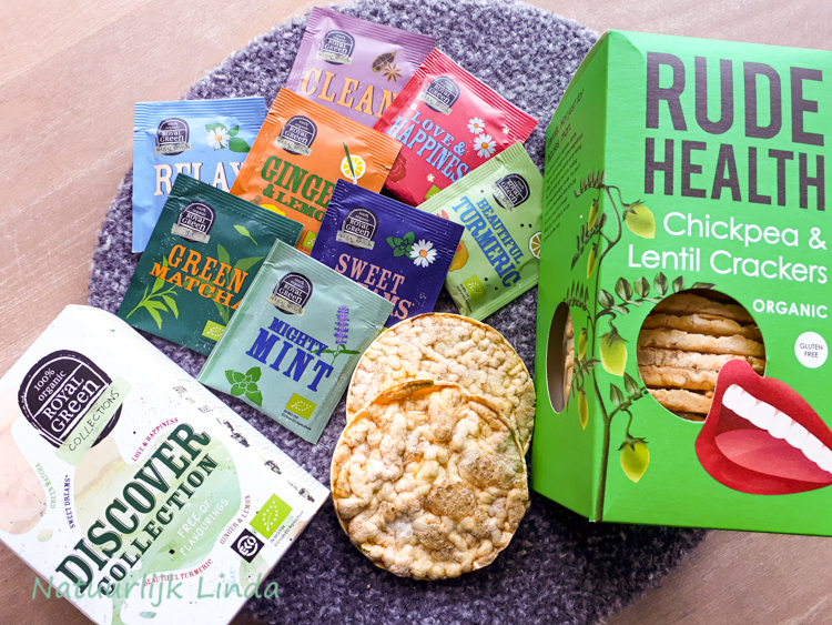 Rude Health crackers Royal green thee