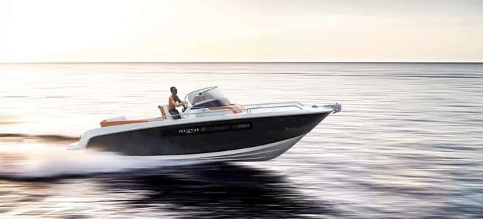 250 CX de Invictus Yachts