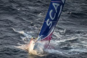 Volvo Ocean Race : Glimpsing glory in the viewfinder