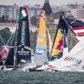 Extreme Sailing Series : Drama in Istanbul as Red Bull Sailing Team break their mast