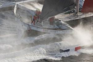 Trophée Jules Verne : IDEC SPORT franchira l'équateur cette nuit